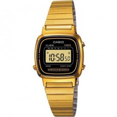 Casio Women's Digital Watch Vintage Black